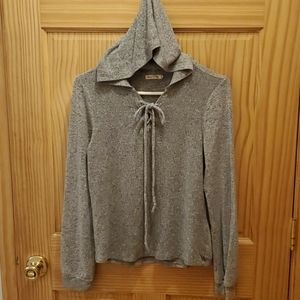 Heart & Hips ladies hooded pullover top. Sz M
